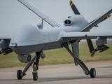 Việc Mỹ liên tiếp phê duyệt 3 thương vụ bán vũ khí cho Đài Loan trong vòng nửa tháng khiến Trung Quốc rất tức giận. Trong ảnh: UAV MQ-9B Sea Guardian (Ảnh: Dwnews).