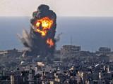 Máy bay Israel ném bom Dải Gaza trả đua các vụ phóng tên lửa của Hamas (Ảnh: Đông Phương).