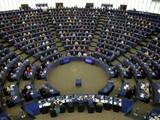 Ngày 20/5, Nghị viện châu Âu đã thông qua nghị quyết bãi bỏ việc xem xét phê duyệt Hiệp định Đầu tư toàn diện Trung Quốc - EU (Ảnh: Reuters).
