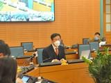 GS. Ngô Quý Châu - Quyền Chủ tịch Hội đồng quản lý Bệnh viện Bạch Mai - tại cuộc họp sáng 30/3 (ảnh: VH)