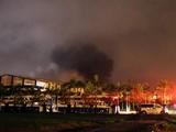 Hiện trường vụ cháy Nhà máy sản xuất xe bus Trường Hải (Quảng Nam) (Ảnh: Bạn đọc cung cấp)