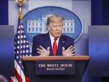 Tổng thống Donald Trump tuyên bố ông đang lên kế hoạch mở lại nền kinh tế Mỹ trong thời gian sớm nhất bởi đại dịch Covid-19. Ảnh: AP