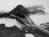 Cầu Hàm Rồng nhân chứng lịch sử ( ảnh tư liệu)