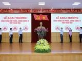 Lãnh đạo tỉnh Thanh Hóa thực hiện nghi thức khai trương