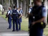 Cảnh sát có mặt tại hiện trường sau khi vụ xả súng xảy ra (ảnh: Variety)