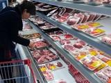 Thủ tướng yêu cầu sớm giảm giá thịt lợn.