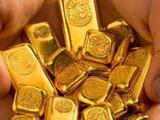 Giá vàng thế giới hôm nay, 5/8: Xô đổ mọi kỷ lục trong lịch sử, vượt mức 2.020 USD