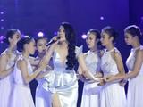 Phần trình diễn của Top 15 Hoa hậu siêu quốc gia Lily Chen