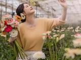 Kiều nữ chụp bộ hình đón xuân sớm giữa vườn hoa Đà Lạt