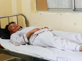 Bệnh nhân nhập viện điều trị sốt xuất huyết (Ảnh: Minh Thảo)
