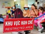 Khu vực hạn chế tiếp xúc tại sân bay Tân Sơn Nhất (Ảnh: CTV)