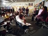 Đúng thời điểm diễn ra vụ khủng bố 11/9, Tổng thống Mỹ thời bấy giờ đang tham dự một buổi đọc sách tại trường Tiểu học ở Sarasota, Florida.