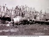 Máy bay ném bom B-26 Invader do Mỹ viện trợ là máy bay ném bom chính của Pháp tại ĐBP nhưng đã bị Việt Minh bắn hạ..