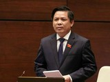 Bộ trưởng Bộ Giao thông Vận tải, Nguyễn Văn Thể trả lời chất vấn của đại biểu Quốc hội.