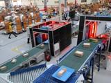 Từ ngày 1/2/2020 VietnamPost sẽ tạm dừng việc chấp nhận, vận chuyển ra nước ngoài các mặt hàng như khẩu trang y tế, nước sát trùng, găng tay y tế. Ảnh: Hội Nhà báo VN.