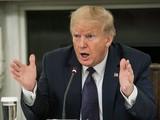 Tổng thống Trump dọa ngừng tài trợ vĩnh viễn đối với WHO (Ảnh: Axios)