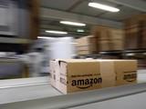 Bên trong một trung tâm logistics của Amazon ở Graben, Đức (Ảnh: Reuters)