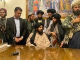 Taliban tại phủ Tổng thống Afghanistan (Ảnh: AP)