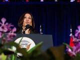 Phó Tổng thống Mỹ Kamala Harris phát biểu tại chặng dừng chân Singapore (Ảnh: Reuters)