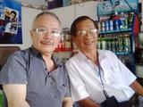 TS Trần Công Tâm (bìa trái)