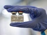 Vaccine mới được cấp phép của Nga (Ảnh: VGP)