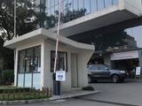 Cổng vào Bệnh viện Việt Pháp (Ảnh: Minh Thuý)