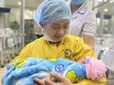Mẹ bé Bình Anh hạnh phúc trong ngày gặp lại con gái (ẢNh: BVCC)