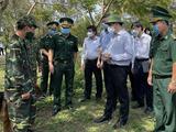 Bộ trưởng Nguyễn Thanh Long đi kiểm tra công tác phòng, chống COVID-19 tại Kiên Giang (Ảnh - BYT)
