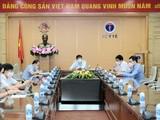 Bộ trưởng Bộ Y tế Nguyễn Thanh Long chủ trì cuộc họp (Ảnh - Trần Minh)