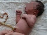 Một em bé bị tử vong nghi do mẹ sinh thuận tự nhiên. Ảnh minh họa