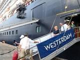 Phương án xử lý chuyến bay có khách từng đi trên tàu Westerdam. Ảnh: AP