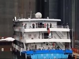 Thang máy ở đập Tam Hiệp dễ dàng nâng tàu 3.000 tấn. Ảnh: South China Morning Post