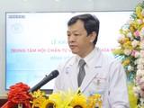 Bác sĩ Nguyễn Tri Thức - Giám đốc BV Chợ Rẫy phát biểu tại buổi khai trương Trung tâm khám chữa bệnh từ xa. Ảnh: BVCC