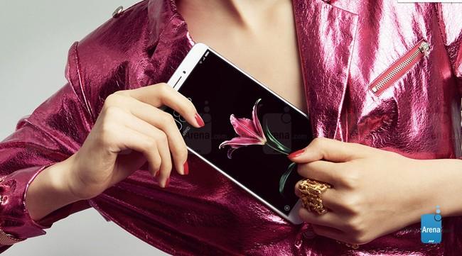 Cận cảnh Xiaomi Mi Max màn hình lớn, giá 5 triệu đồng