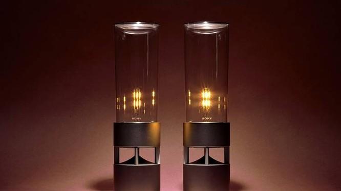 Độc đáo loa kính âm thanh 360 độ của Sony
