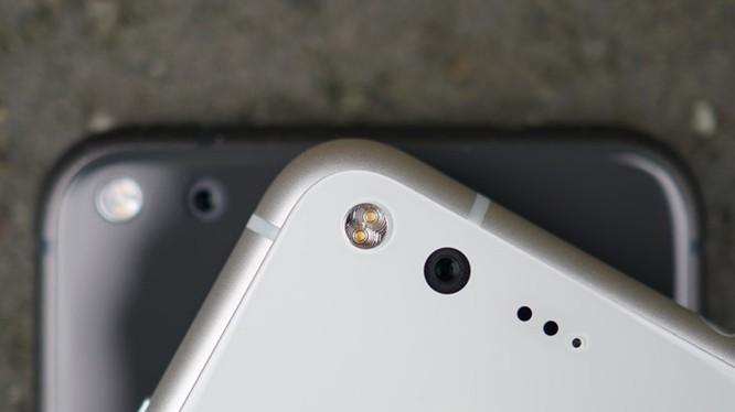 Google xác nhận lỗi flare trên camera của flagship Pixel