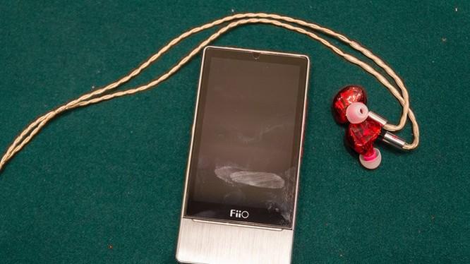 Trên tay máy nghe nhạc Fiio X7 giá 13,5 triệu