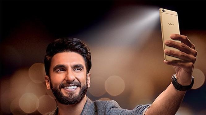 Vivo V5 ra mắt: Selfie 20MP 'vô địch thế giới', giá 265USD