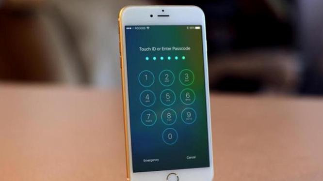 Lỗ hổng iOS 10.2 khiến iPhone bị hack trong nháy mắt