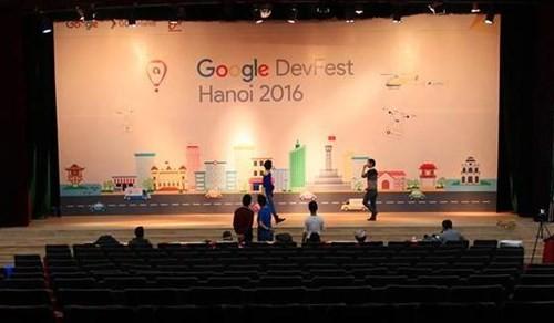 Hơn 3.500 người tham dự Google Developers Festival 2016