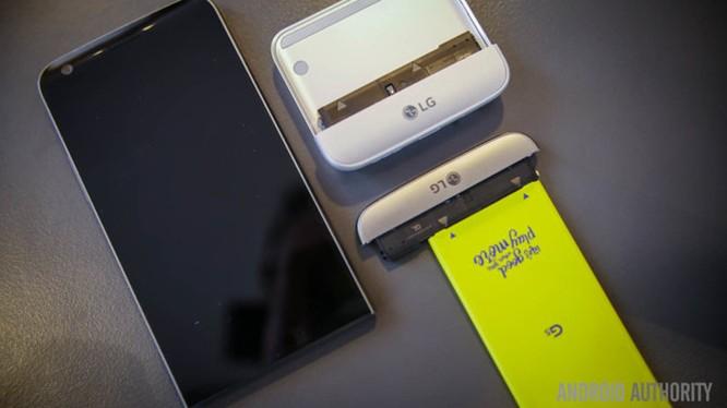 LG G6 sẽ liền khối, chống nước và sạc không dây