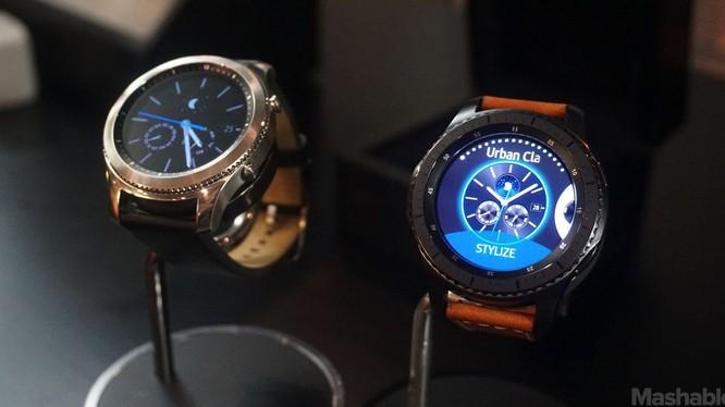 Đồng hồ thông minh Gear S3 giá 7,99 triệu đồng