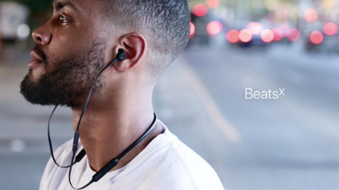 Hai ngày nữa, Apple mở bán tai nghe BeatsX