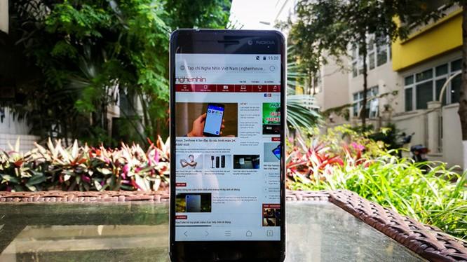 Xem kỹ chiếc Nokia 6 đầu tiên xách tay về Việt Nam