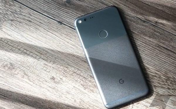 Google Pixel và Pixel XL bị tố dính lỗi tự ngắt kết nối Bluetooth.