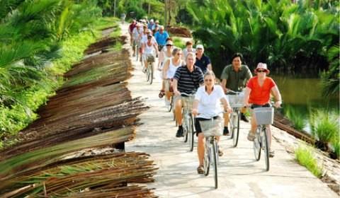 Giữ chân du khách quốc tế đang là bài toán khó cho ngành du lịch Việt Nam