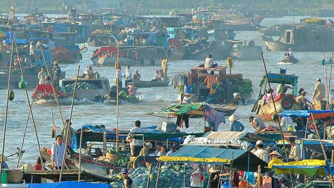 Hình ảnh thật của chợ nổi Cái Bè - Ảnh: Vinh Hiển