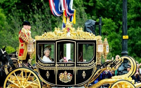 Cỗ xe ngựa sang trọng phục vụ nữ hoàng Anh trong nhiều chuyến du lịch