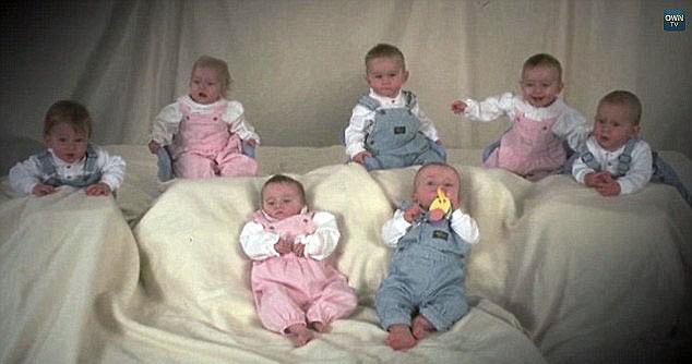 7 đứa trẻ khi tròn 1 tuổi