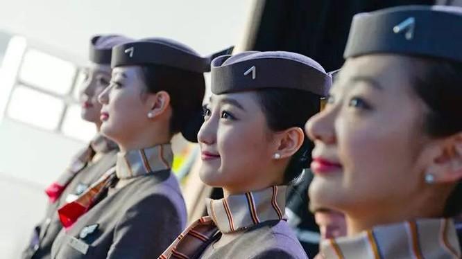 Nữ tiếp viên hãng Asiana Airlines của Hàn Quốc